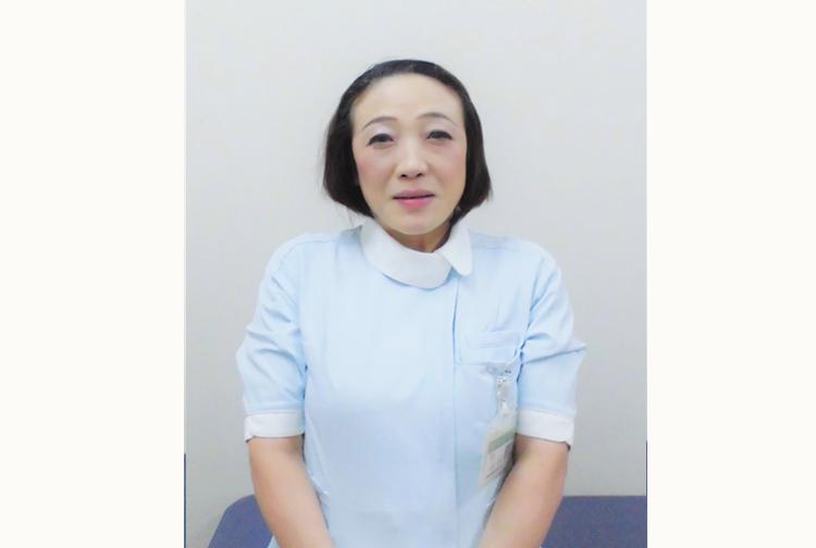 先輩看護師・介護士の声